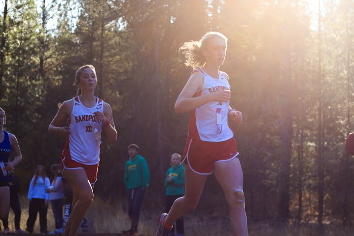 Sophomore Farli Boden and junior Dana Beaty earned fourth and fifth overall.