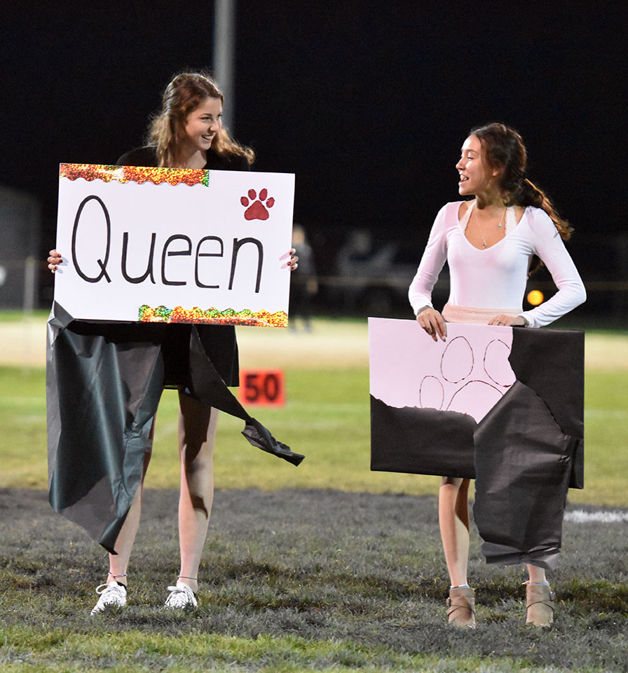 Senior+Grace+Hicks+wins+Homecoming+Queen.+