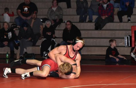 WRESTLING VS PRIEST RIVER