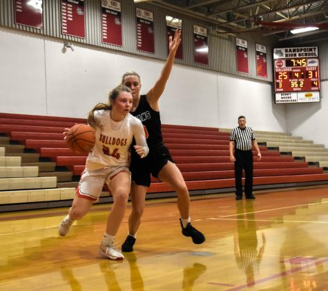 Girls Basketball Loses to Post Falls